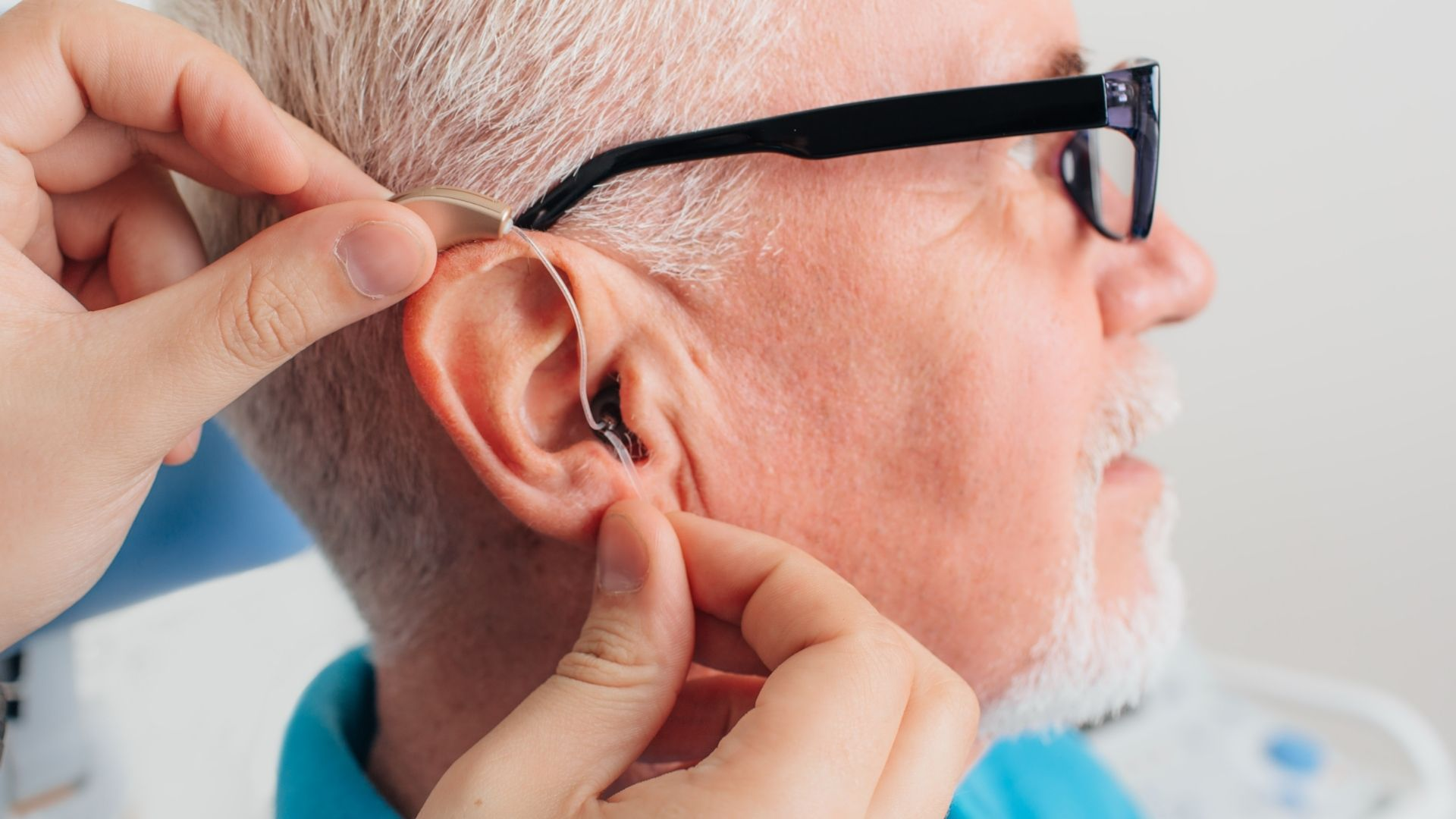 Tips to Choose the Right Hearing Aid